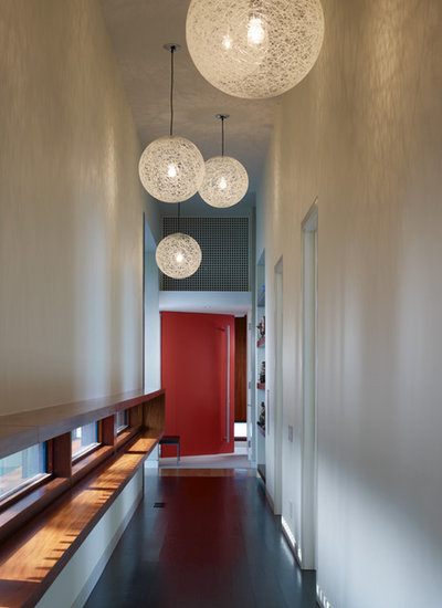 Modern Hall by Thomas Shafer Architects LLC