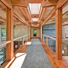 Contemporary Hall Northwest Territorial Residence