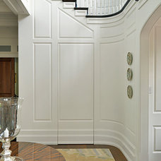Traditional Hall by Toby Leary Fine Woodworking Inc.