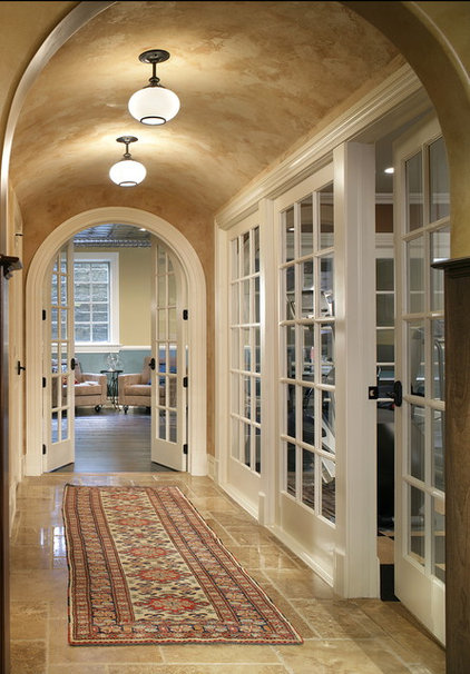 Traditional Hall by Carisa Mahnken Design Guild