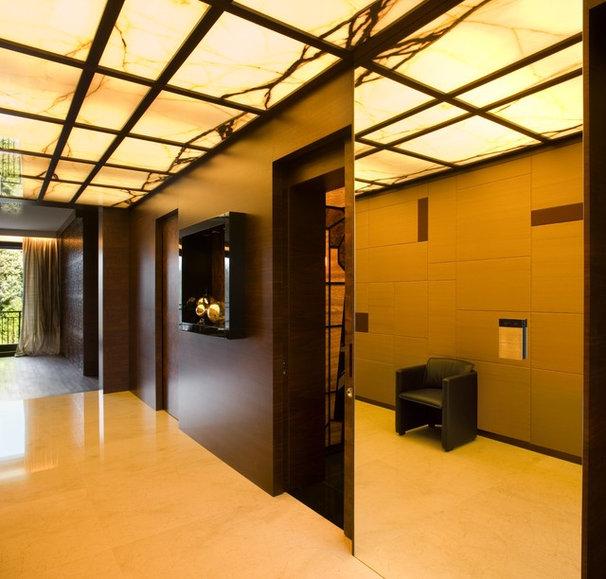 Contemporary Hall by EXIT Interior Design Studio