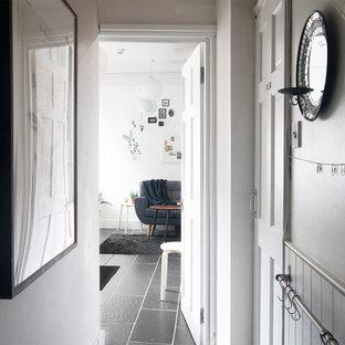 Peaceful, Eclectic Highgate Flat - 300 square feet
