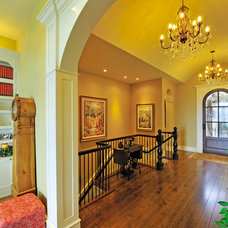 Traditional Hall by Bill Daniels . Designer    WR Daniels design Corp