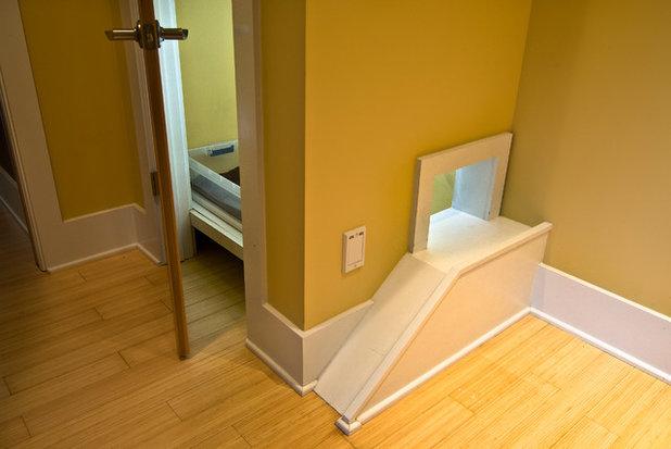 Eklektisch Flur by Pippin Home Designs, Inc