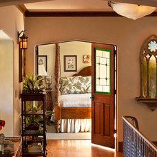 Traditional Hall by HartmanBaldwin Design/Build