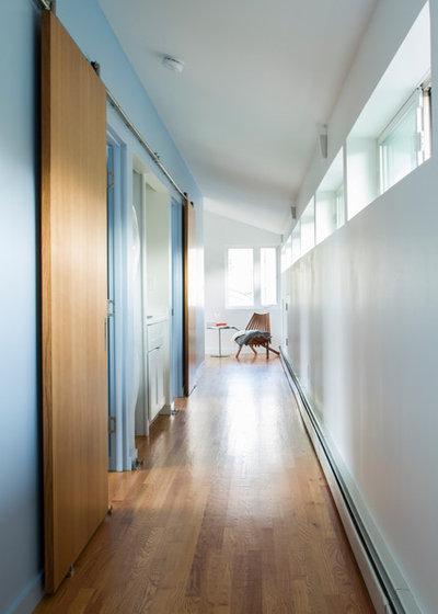 Midcentury Hall by Princeton Design Collaborative