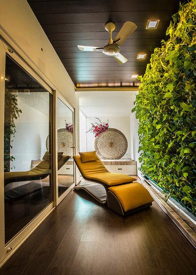 Contemporáneo Recibidor y pasillo by Studio An-V-Thot Architects Pvt. Ltd.