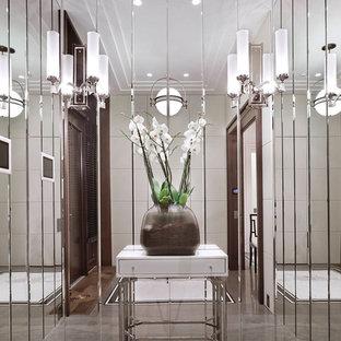 Неиссякаемый источник вдохновения для домашнего уюта: коридор в стиле современная классика с серым полом