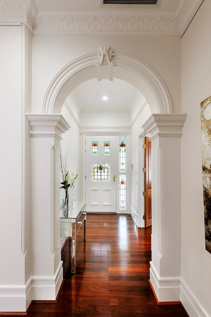 Traditional Hall by Cambuild