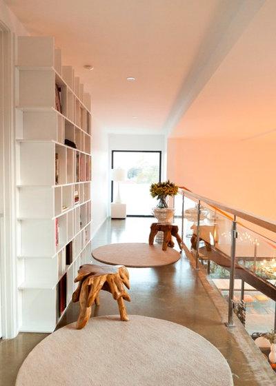 Modern Hall by Arklen