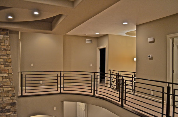 Contemporary Hall by Anthony Company Builders LLC