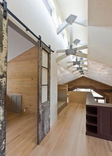Sliding door rail system home design ideas pictures - Vieille echelle bois deco ...