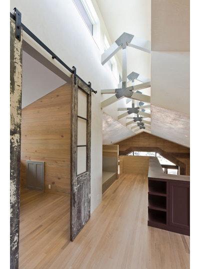 Modern Hall by Furman + Keil Architects