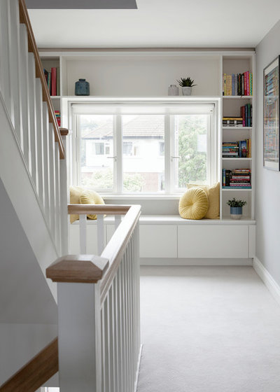 Transitional Hallway & Landing by Optimise Home