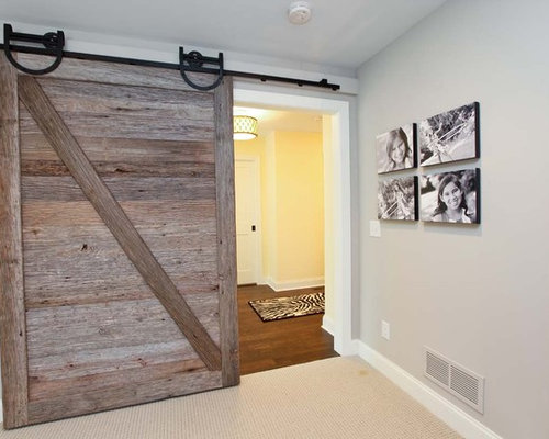 25 Best Rustic Hallway with Gray Walls Ideas & Remodeling Pictures ...