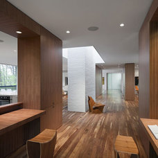 Modern Hall by The Ley Group