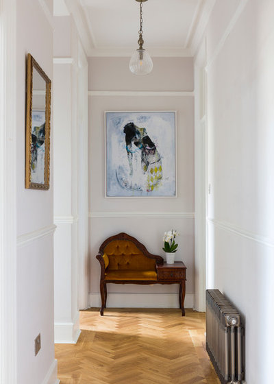 Transitional Hallway & Landing by Renovia