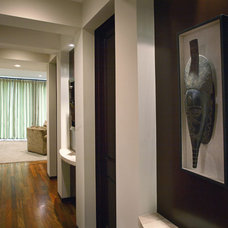 Contemporary Hall by Richens Designs, Inc.