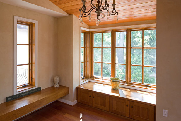 Small wonders get more of everything with a bay window for Hall window design