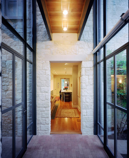 contemporary hall by McKinney York Architects