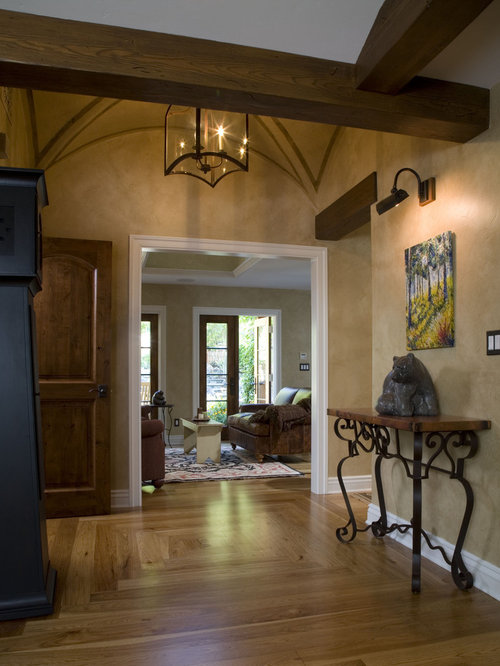 4901fb910f1f1d32_4704-w500-h666-b0-p0--traditional-hall Vaulted Kitchen Ceiling Ideas Pillars on kitchen molding ideas, kitchen wood ideas, kitchen ceiling designs, kitchen breakfast room ideas, kitchen workstation ideas, kitchen with brick ceiling, kitchen carpeting ideas, kitchen archway ideas, kitchen paneling ideas, kitchen floor covering ideas, kitchen built ins ideas, kitchen with wood beam ceilings, kitchen design with sliding door, kitchen apartment ideas, vaulted ceilings living room ideas, kitchen open concept ideas, kitchen bookshelf ideas, kitchen with high ceilings, kitchen cabinet refacing ideas, kitchen coffered ceiling,