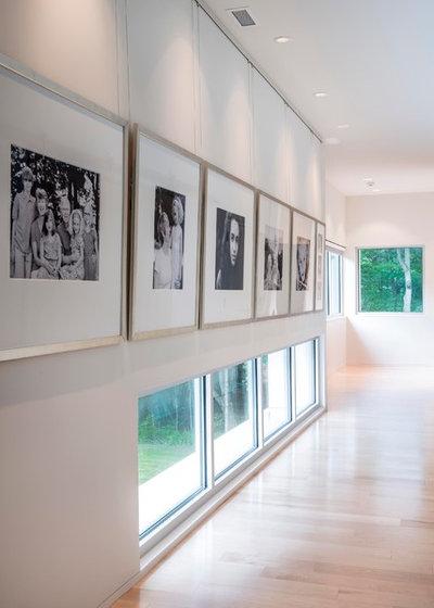 Modern Hall by David Rausch Studio