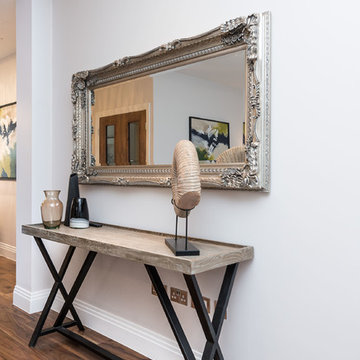 Show apartment NW London