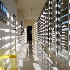 Modern Hall by Belzberg Architects