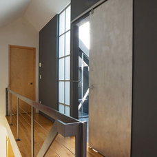 Modern Hall by Gristmill Builders, LTD