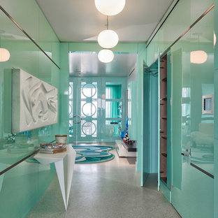 Beach style hallway in Miami.