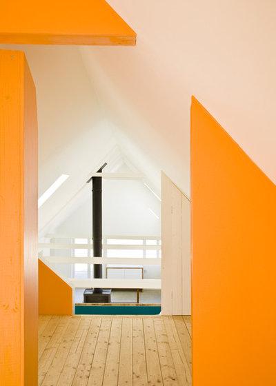 Scandinavian Hall by LASC Studio