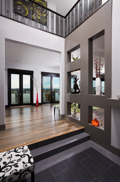 Contemporary Hall by Prominent Homes Ltd