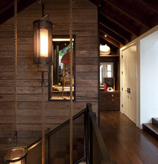 modern hall by SB Architects