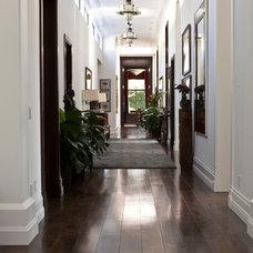 Traditional Hall by Boardbrokers, Inc