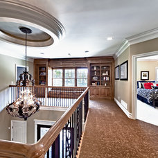 Traditional Hall by Todd Michael Builder Developer, Inc