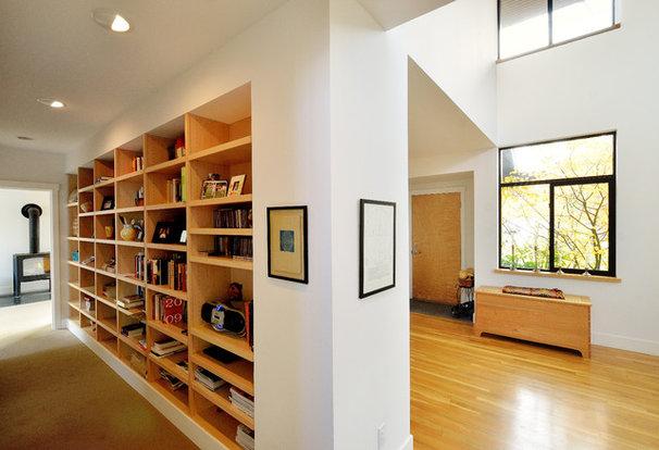Modern Hall by Studio Ectypos