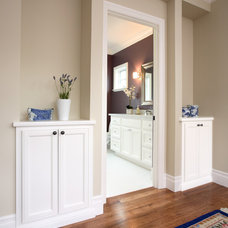 Traditional Hall by Precision Cabinets