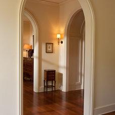 Traditional Hall by Thomas Thaddeus Truett Architect