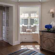 Traditional Hall by Tomaro Design Group