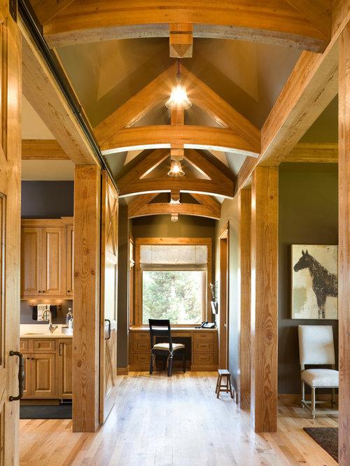 Delightful Inspiration For A Rustic Medium Tone Wood Floor Hallway Remodel In Portland Part 22