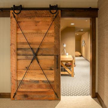 Tumble Creek Lodge-Style