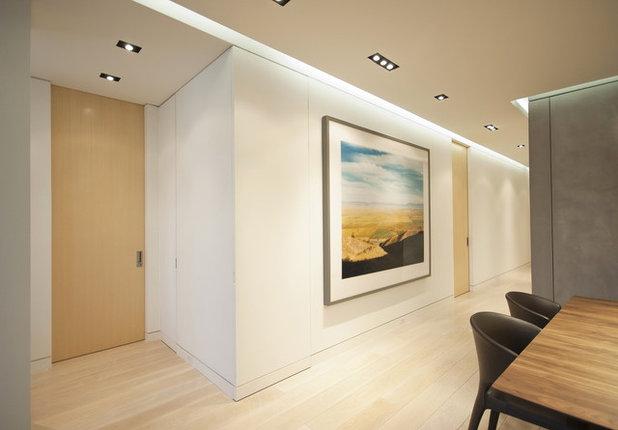 Modern Hall by StudioLAB