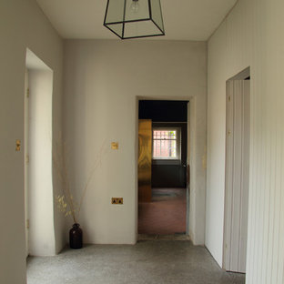 Example of a cottage chic hallway design in Dublin