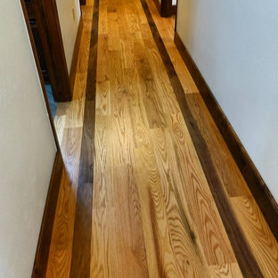 Victorian Red Oak with Walnut Border
