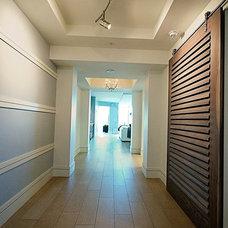 Modern Hall by Custom Closets & More...