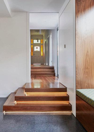 Modern Hall by Melbourne Design Studios (MDS)