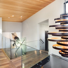 Contemporary Hall by Synthesis Design Inc.