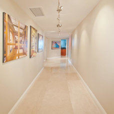 Contemporary Hall by Marmol Export USA