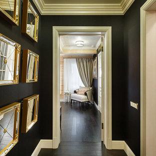 На фото: коридор в стиле современная классика с черными стенами с