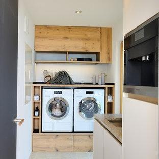 Ispirazione per una lavanderia stile rurale